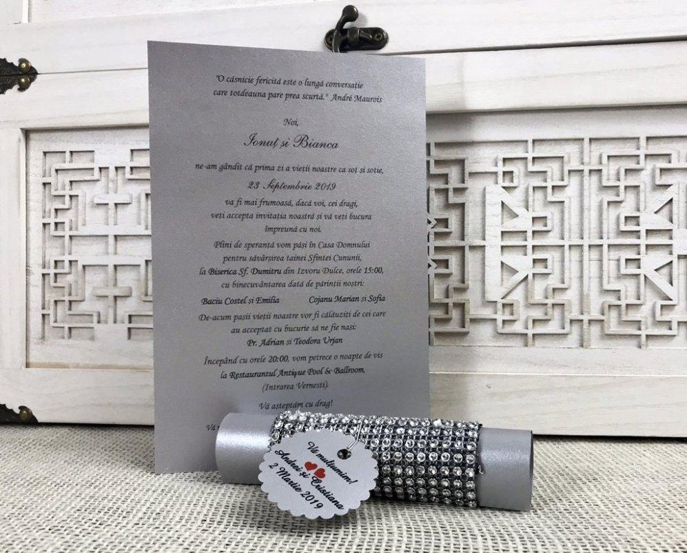 Invitatii Papirus